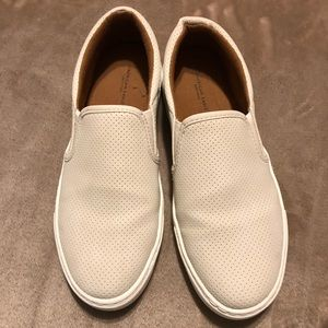 AE White Slip on Sneaker - Size 9